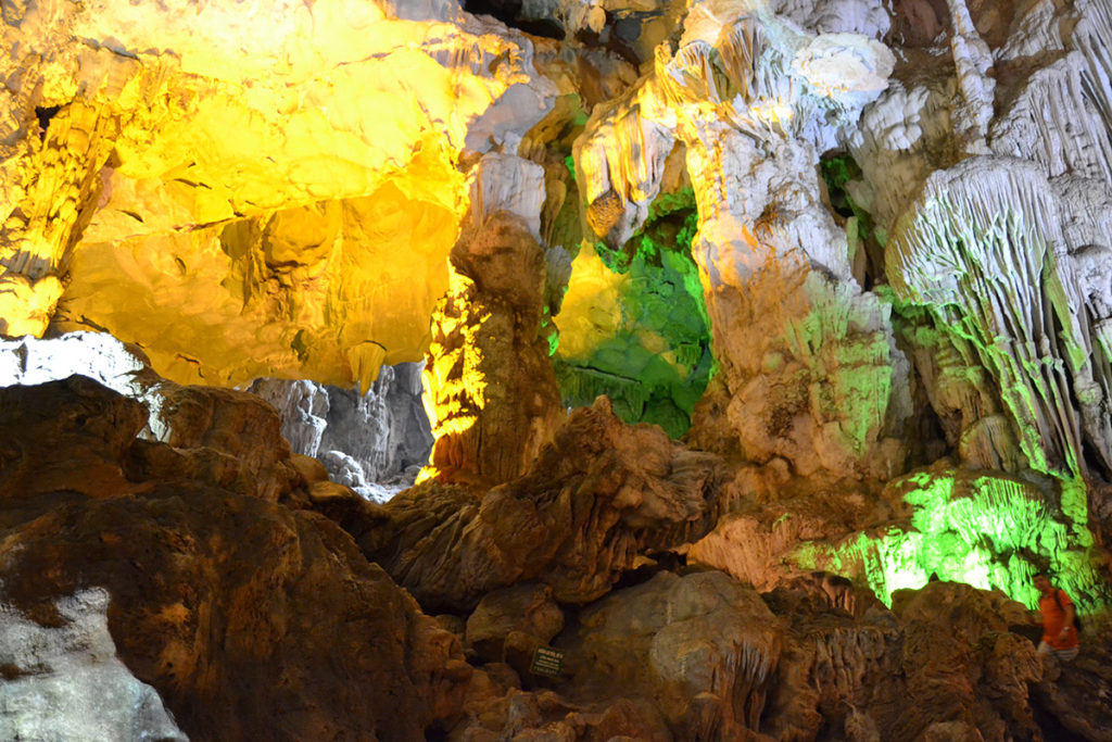 Пещерата Thien Cung