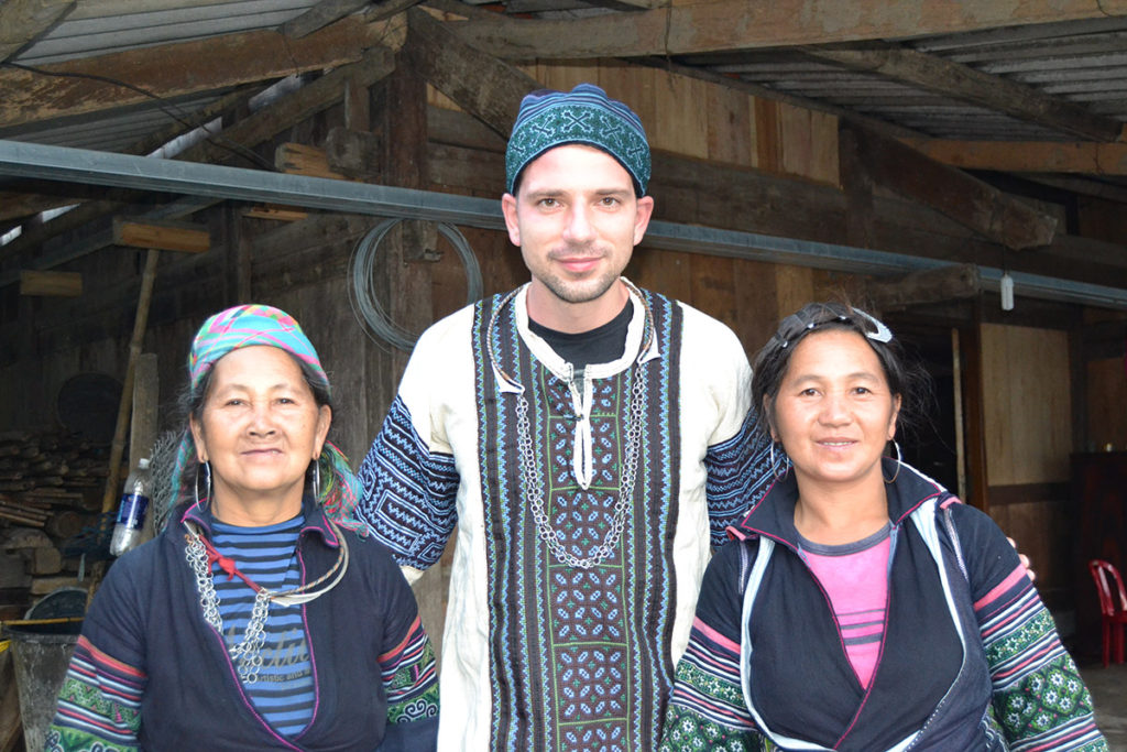 Me with Hmong women